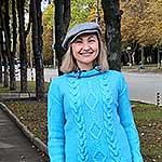 Пуловер із ромбами і косами